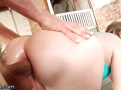 HardX Fat Bore White Unreserved Loves This Daddy's Dick Up Her Anal