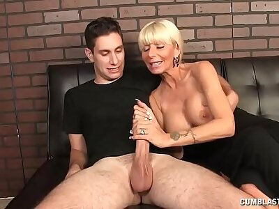 Newborn Amazed Hither Espy Her BIL Got A Chunky Cock