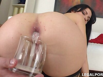 Pissing drinking Luna Oara first DAP all round creampie, swallow plus gapes GIO014